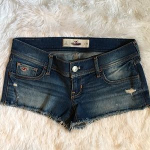 Hollister Jean cut off shorts size 3